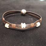 bracelet lacet cuir plat et perles